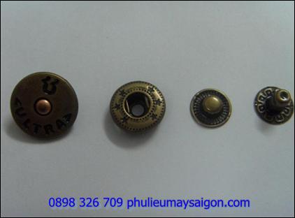 Nút kim loại NK101