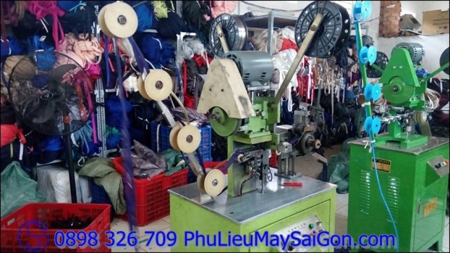 Xưởng sản xuất dây khóa kéo chất lượng cao SGA Zipper của Phụ liệu may mặc Sài Gòn